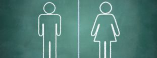 How does MS differ in women and men?